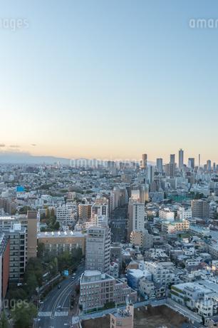 文京区から見た東京の夕暮れの写真素材 [FYI03410311]