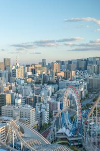 文京区から見た東京の夕暮れの写真素材 [FYI03410313]