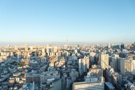 文京区から見た東京の夕暮れの写真素材 [FYI03410318]