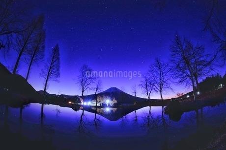 ふもとっぱらキャンプ場 日本 静岡県 富士宮市の写真素材 [FYI03410460]