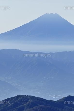 富士山遠望の写真素材 [FYI03410794]