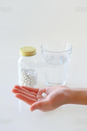薬の写真素材 [FYI03410824]
