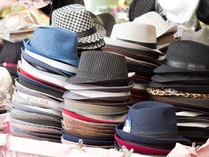 帽子店の店先の写真素材 [FYI03411209]