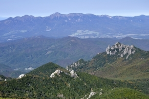 八ヶ岳連峰と瑞牆山の展望の写真素材 [FYI03411458]