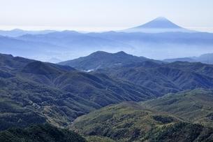金峰山より富士山眺望の写真素材 [FYI03411712]