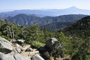 国師ヶ岳からの展望の写真素材 [FYI03411766]