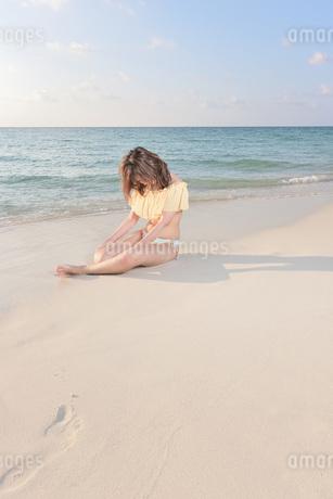 1人旅の女性の写真素材 [FYI03412062]