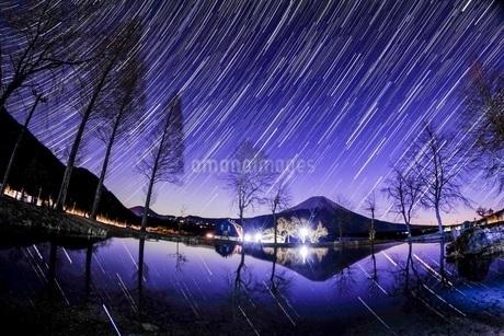 ふもとっぱらキャンプ場 日本 静岡県 富士宮市の写真素材 [FYI03412219]