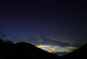 御坂峠 日本 山梨県 富士河口湖町の写真素材 [FYI03412719]