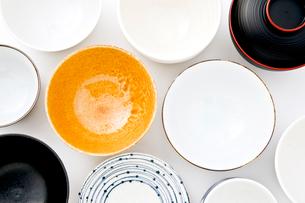 陶器の器の写真素材 [FYI03414021]