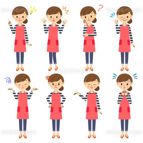 主婦の色々な表情セット 全身のイラスト素材 [FYI03414750]