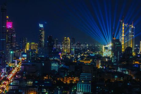 Bangkok nightの写真素材 [FYI03415468]