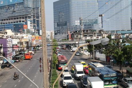 Bangkok traffic の写真素材 [FYI03415470]