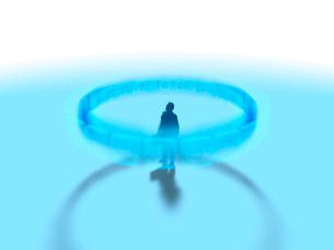 宙に浮くリング状のカテゴリーアイコンの中央に立つ1人のビジネスマンのイラスト素材 [FYI03415565]