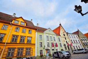 エストニアの世界遺産のタリン旧市街にあるタリン市立劇場・旧市街は世界遺産の写真素材 [FYI03415566]