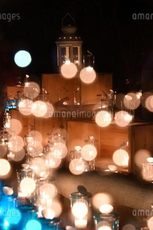 キャンドルの灯りの写真素材 [FYI03415776]