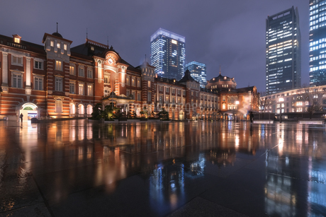 東京駅 日本 東京都 千代田区の写真素材 [FYI03416434]