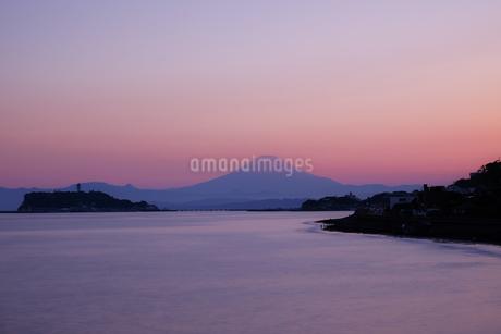 鎌倉市から眺める富士山 日本 神奈川県 鎌倉市の写真素材 [FYI03416436]