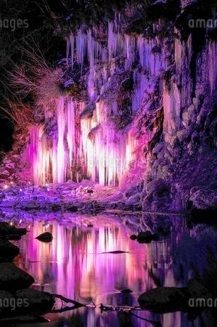 三十槌の氷柱 日本 埼玉県 秩父市の写真素材 [FYI03416571]