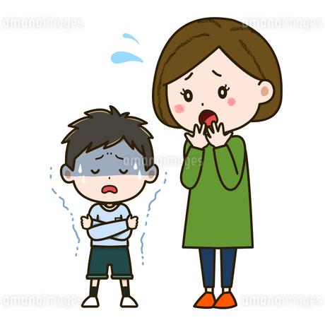 悪寒がする男の子と心配そうな母親 イラストのイラスト素材 [FYI03417527]
