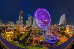 横浜みなとみらいの夜景の写真素材 [FYI03417872]