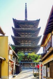 八坂の塔こと法観寺五重塔の写真素材 [FYI03418453]