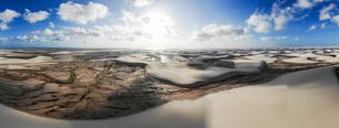 レンソイス砂漠の空撮パノラマの写真素材 [FYI03418557]