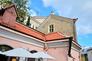 エストニア・タリンの世界遺産の旧市街のカラフルな建物の景観の写真素材 [FYI03419188]