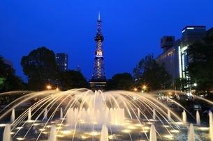 札幌 夜の大通公園の写真素材 [FYI03419315]