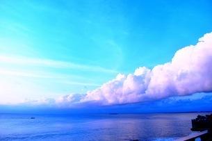 海と雲と空の写真素材 [FYI03419386]