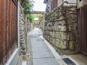 京都らしい町並み 石塀小路の写真素材 [FYI03419568]