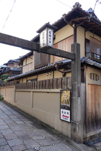 京都らしい町並み 石塀小路の写真素材 [FYI03419577]
