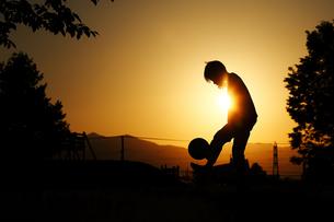 サッカーの練習の写真素材 [FYI03419799]