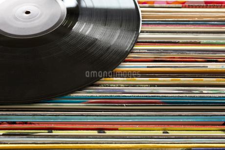 レコード レトロ アナログの写真素材 [FYI03420404]