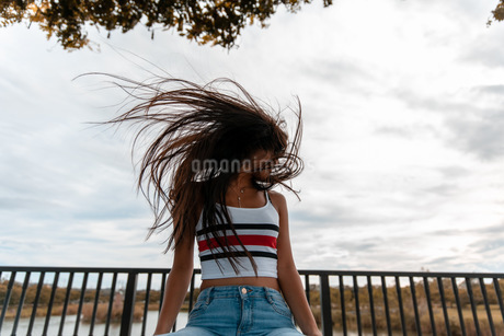 messy hairの写真素材 [FYI03420614]