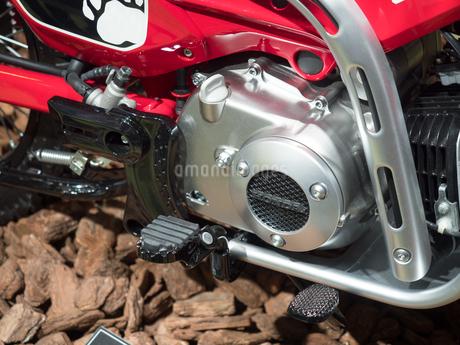 オートバイのエンジン周りの写真素材 [FYI03420842]