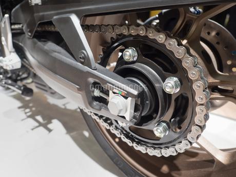 オートバイのチェーンの写真素材 [FYI03420847]