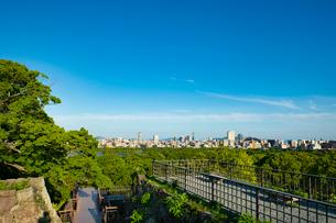 福岡城より福岡市街を望む1の写真素材 [FYI03421151]