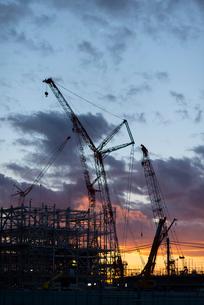 建設途中の火力発電所の写真素材 [FYI03421906]
