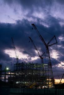 建設途中の火力発電所の写真素材 [FYI03421908]