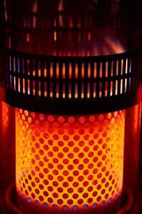 石油ストーブ 炎の写真素材 [FYI03422351]