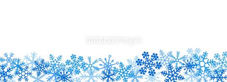 雪の結晶 スノーフレークのボーダーのイラスト素材 [FYI03422644]