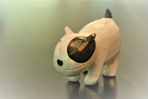 犬の置物の写真素材 [FYI03422975]