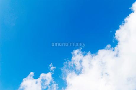 青空 雲の写真素材 [FYI03425688]