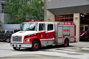 バンクーバーの消防レスキュー車の写真素材 [FYI03425725]