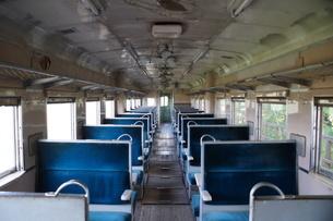 旧広尾線 キハ20系車内(旧幸福駅交通公園)の写真素材 [FYI03425906]