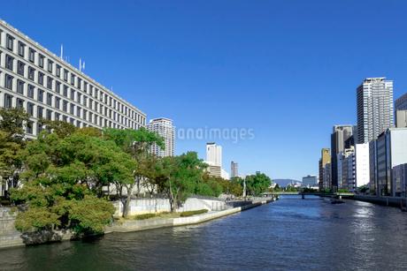 都会 川の写真素材 [FYI03426289]