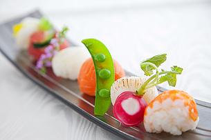 手まり寿司の写真素材 [FYI03426391]