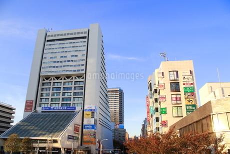 中野駅前の街並み(横)の写真素材 [FYI03426720]