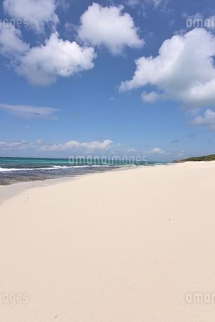 宮古島/来間島・長間浜ビーチの11月の風景の写真素材 [FYI03427659]